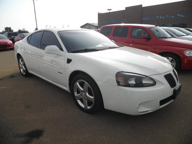 2008 pontiac grand prix gxp for sale in park hills missouri classified. Black Bedroom Furniture Sets. Home Design Ideas