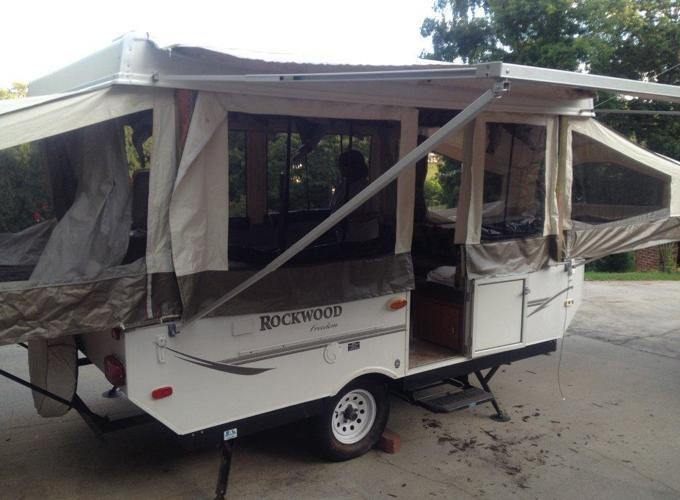 2008 Rockwood Pop Up Freedom model 2270