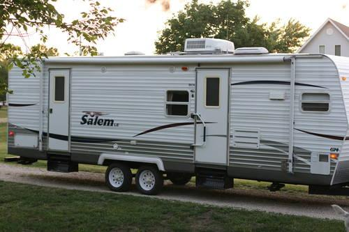 2008 Salem Travel Trailer Full Slide out, front kitchen, rear ...