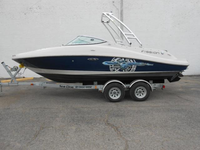 2008 Sea Ray 210 Fission