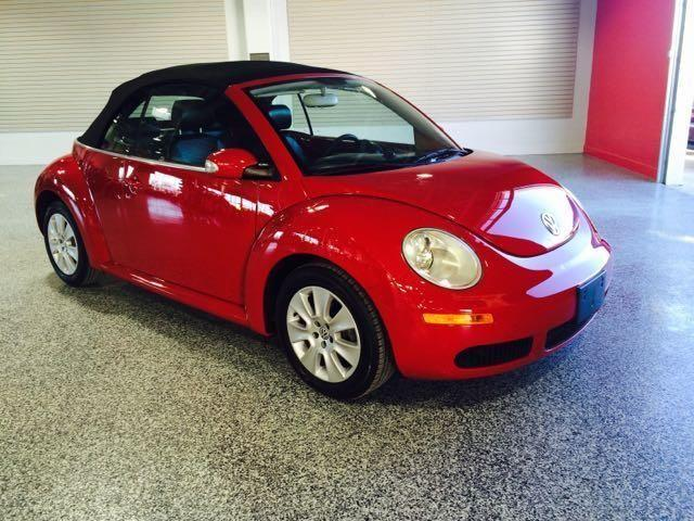 2008 VOLKSWAGEN BEETLE CONVERTIBLE-2DR-58K MILES-28MPG-LEATHER-MINT!!! for Sale in Norman ...