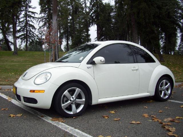 2008 Volkswagen New Beetle Triple White for Sale in Turlock, California Classified ...