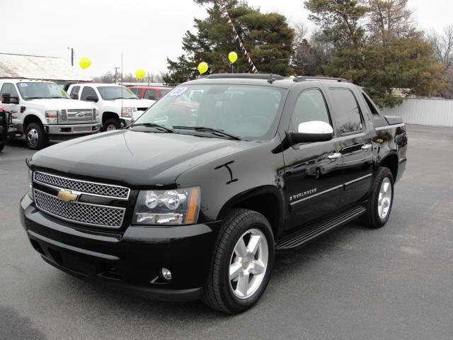 2008 chevrolet avalanche for sale in dodge city kansas classified. Cars Review. Best American Auto & Cars Review