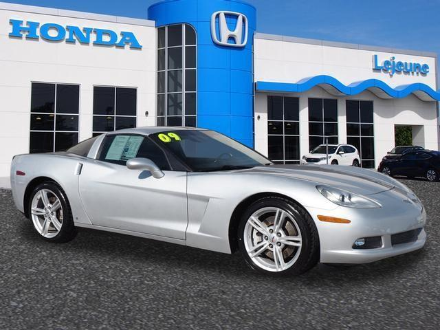 2009 Chevrolet Corvette Base 2dr Coupe W/2LT For Sale In