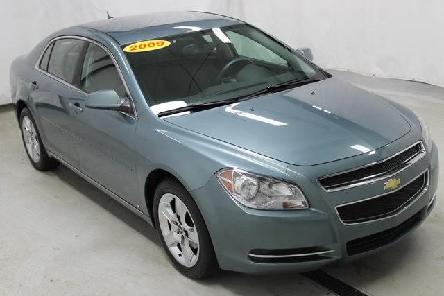 2009 chevrolet malibu for sale in grand haven michigan classified. Black Bedroom Furniture Sets. Home Design Ideas