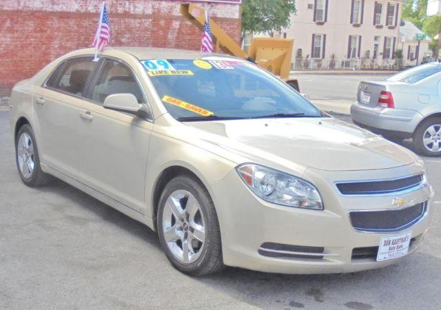 2009 Chevrolet Malibu LT Sedan - Beige - Like New-Brand