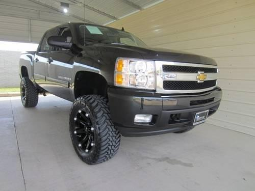 2009 chevrolet silverado 1500 crew cab ltz z71 4x4 lifted for sale in springfield missouri. Black Bedroom Furniture Sets. Home Design Ideas