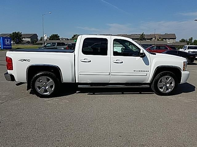 2009 chevrolet silverado 1500 work truck 4x4 work truck 4dr crew cab sb for sale in evergreen. Black Bedroom Furniture Sets. Home Design Ideas