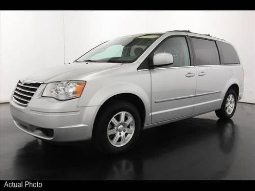2009 chrysler town and country mini van touring for sale in sparta michigan classified. Black Bedroom Furniture Sets. Home Design Ideas