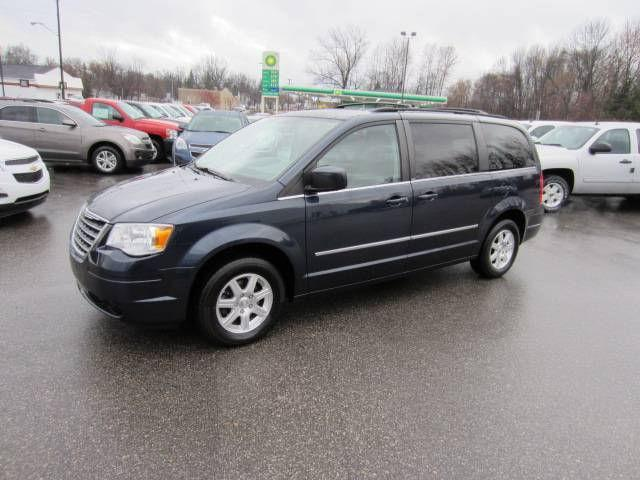 2009 chrysler town country touring for sale in standish michigan classified. Black Bedroom Furniture Sets. Home Design Ideas