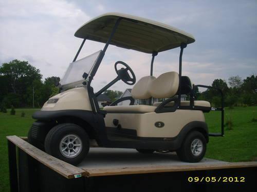 2009 Club Car Precedent Electric Golf Cart With Rear