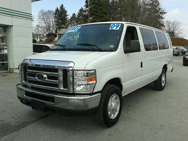 2009 Ford E 350 Sd Full Size Passenger 15 Passenger Xlt