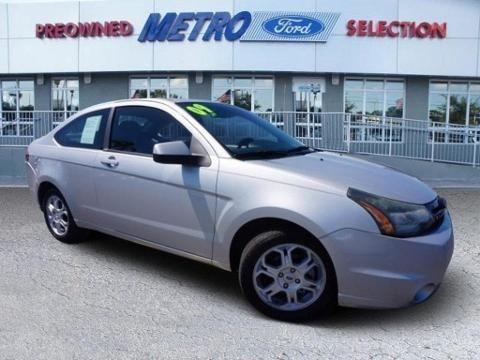 2009 ford focus 2 door coupe for sale in miami florida classified. Black Bedroom Furniture Sets. Home Design Ideas