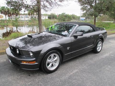 2009 ford mustang 2 door convertible for sale in vero beach florida classified. Black Bedroom Furniture Sets. Home Design Ideas
