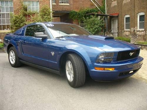 2009 ford mustang coupe v6 deluxe for sale in cleveland tennessee classified. Black Bedroom Furniture Sets. Home Design Ideas