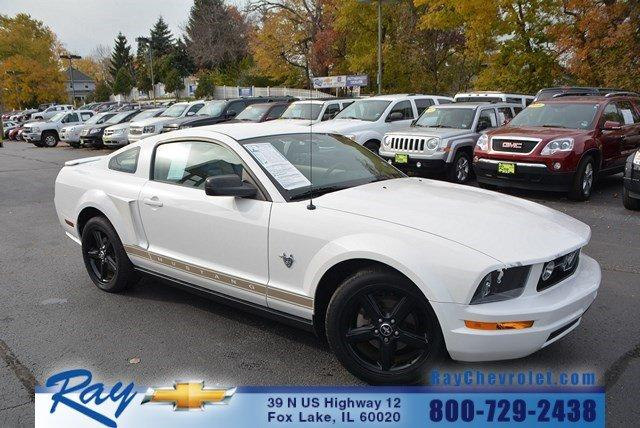 2009 ford mustang fox lake il for sale in fox lake. Black Bedroom Furniture Sets. Home Design Ideas