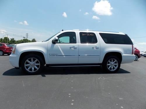 2009 gmc yukon xl denali sport utility for sale in sweetwater tennessee classified. Black Bedroom Furniture Sets. Home Design Ideas