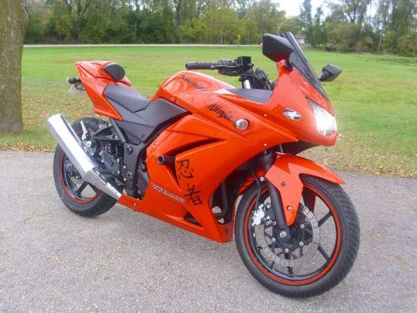 2009 kawasaki ninja 250r for sale in de forest wisconsin classified. Black Bedroom Furniture Sets. Home Design Ideas