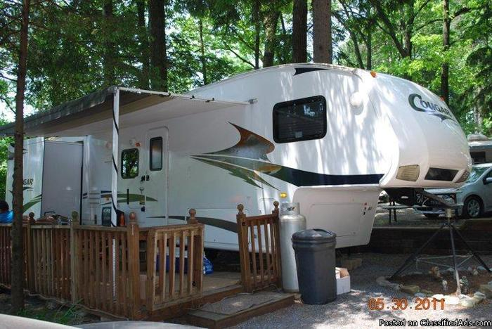 2009 Keystone Cougar 5th wheel