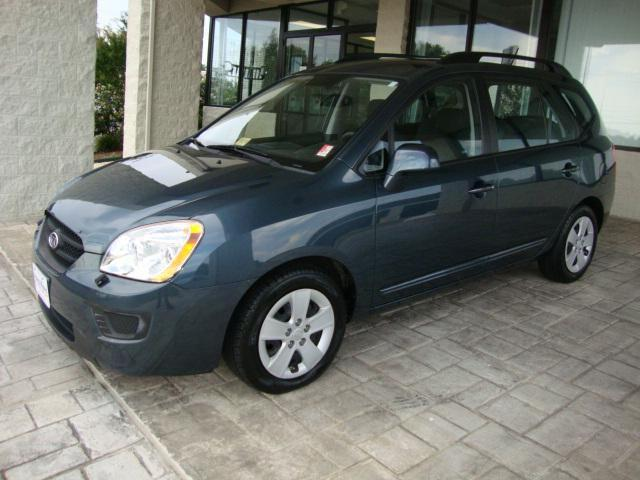 2009 Kia Rondo LX for Sale in Altavista, Virginia Classified ...
