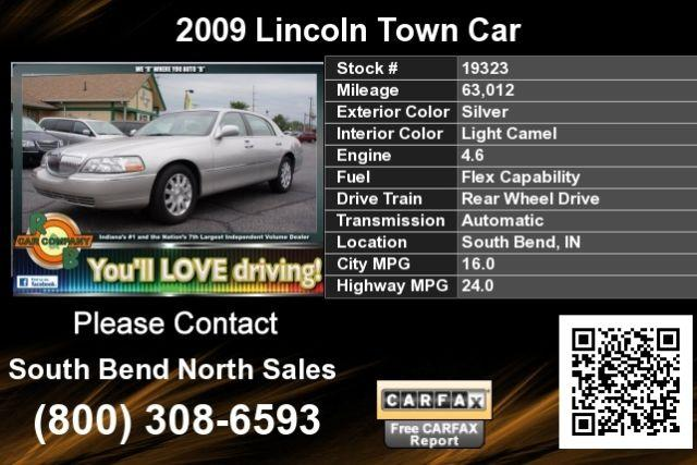 2009 lincoln town car silver for sale in south bend indiana classified. Black Bedroom Furniture Sets. Home Design Ideas