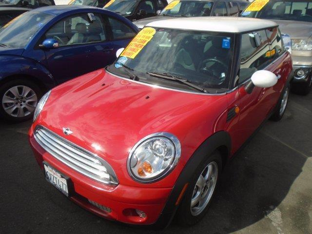 2009 MINI Cooper Base Base 2dr Hatchback