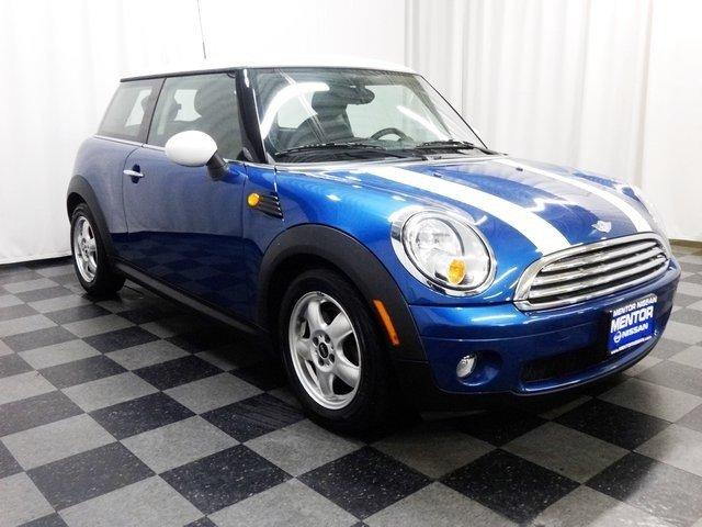 2009 MINI Cooper Base Mentor, OH