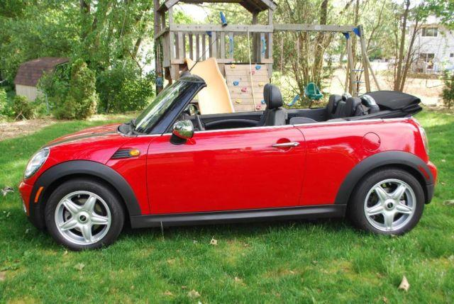 2009 mini cooper convertible automatic red 12k miles 1 owner garaged for sale in hicksville new. Black Bedroom Furniture Sets. Home Design Ideas