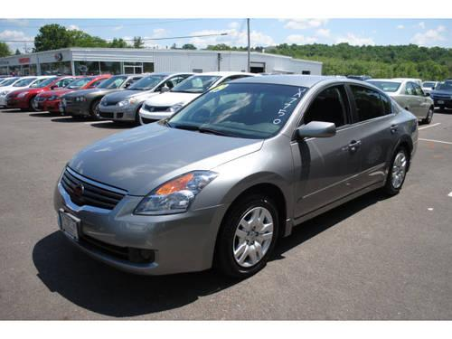 2009 Nissan Altima Sedan for Sale in New Hampton New York