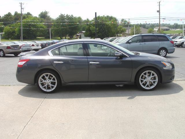2009 nissan maxima 3 5 sv for sale in maryville missouri classified. Black Bedroom Furniture Sets. Home Design Ideas