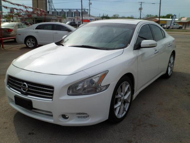 2009 nissan maxima sv premium for sale in claremore oklahoma classified. Black Bedroom Furniture Sets. Home Design Ideas