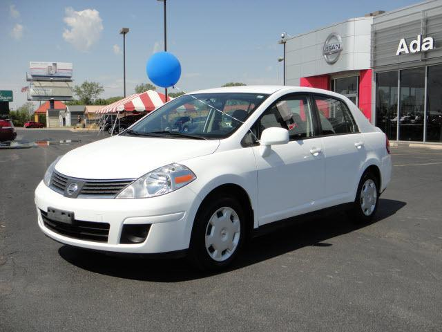 2009 nissan versa 1 8 s for sale in ada oklahoma classified. Black Bedroom Furniture Sets. Home Design Ideas