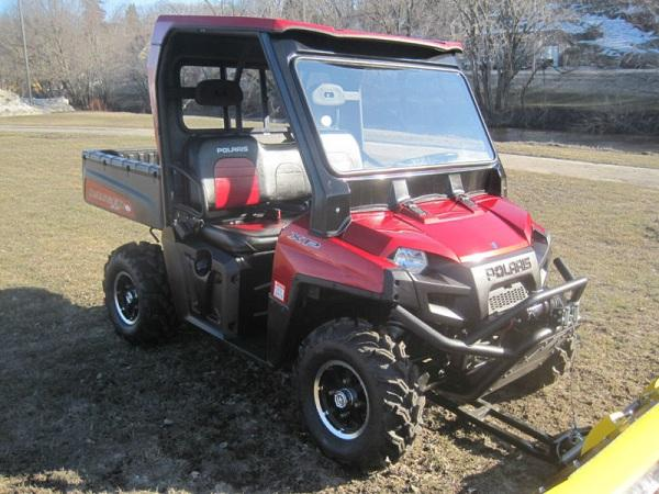 2009 Polaris RANGER XP L.E. 700 RED