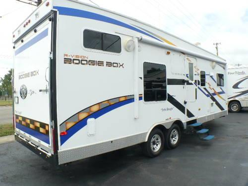2009 R-VISION Boogie Box 260FQB Toy Hauler Travel Trailer for Sale in ...
