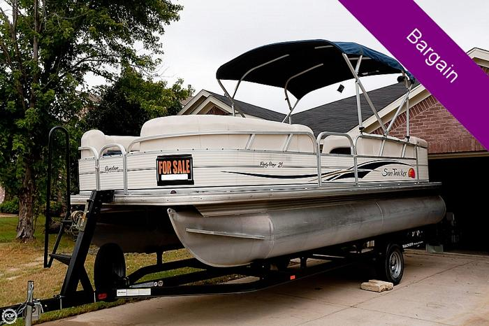 2009 Sun Tracker 21 Party Barge Signature For Sale In