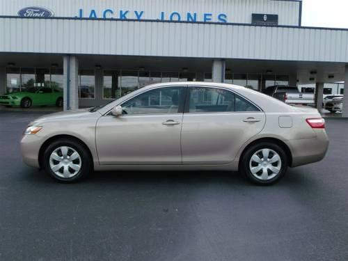 2009 toyota camry 4dr car le for sale in sweetwater tennessee classified. Black Bedroom Furniture Sets. Home Design Ideas