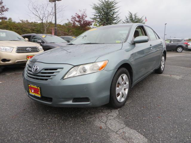 2009 toyota camry le oakdale ny for sale in oakdale new york classified. Black Bedroom Furniture Sets. Home Design Ideas