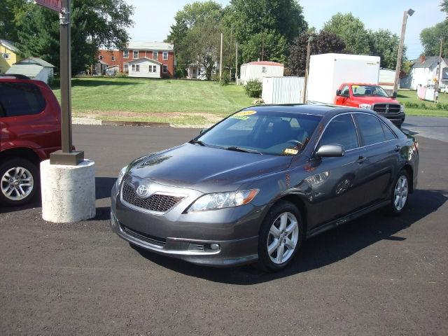 2009 toyota camry se for sale in williamstown west virginia classified. Black Bedroom Furniture Sets. Home Design Ideas