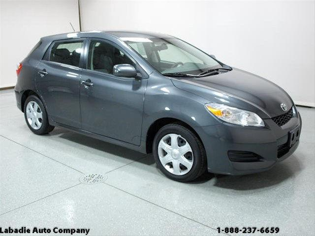2009 toyota matrix base for sale in bay city michigan classified. Black Bedroom Furniture Sets. Home Design Ideas