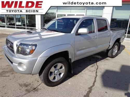 2009 toyota tacoma crew cab pickup for sale in milwaukee wisconsin classified. Black Bedroom Furniture Sets. Home Design Ideas