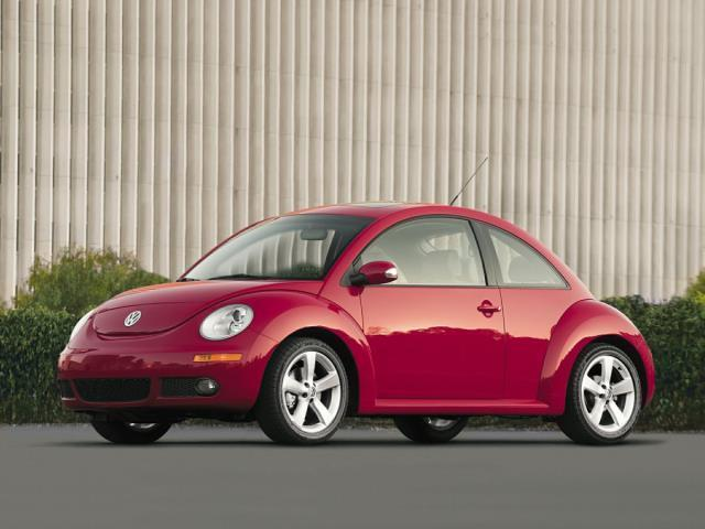 2009 Volkswagen New Beetle Base 2dr Coupe 5M
