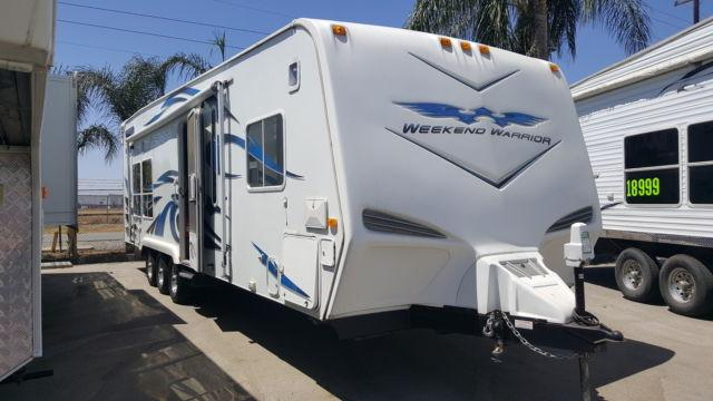 2009 Weekend Warrior FSC2800 - Custom 3 AXLE