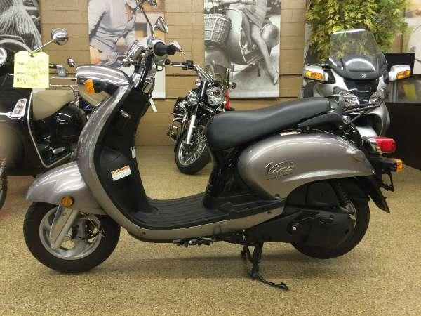 2009 yamaha vino 125 for sale in downers grove illinois classified. Black Bedroom Furniture Sets. Home Design Ideas