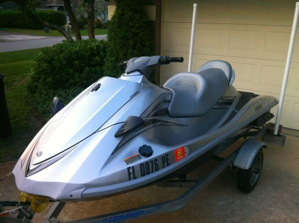 2009 yamaha vx110 deluxe waverunner price reduced for Yamaha wave runner price