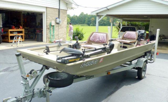 2010 15ft Alweld Jon Boat With A Tohatsu 20hp 4 Stroke