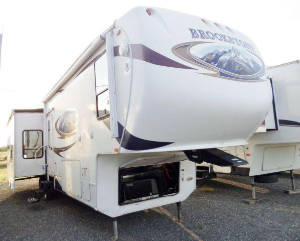 2010 Brookstone, 4 Slides, 5th Wheel-7792