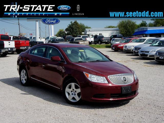 2010 buick lacrosse cx for sale in maryville missouri classified. Black Bedroom Furniture Sets. Home Design Ideas