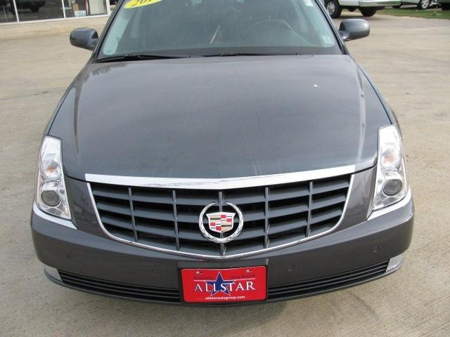 2010 cadillac dts for sale in greenville mississippi classified. Black Bedroom Furniture Sets. Home Design Ideas