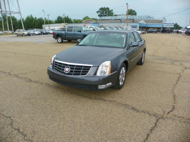 2010 cadillac dts for sale in canton mississippi classified. Black Bedroom Furniture Sets. Home Design Ideas