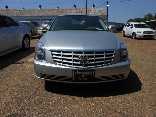 2010 cadillac dts for sale in natchitoches louisiana classified. Black Bedroom Furniture Sets. Home Design Ideas
